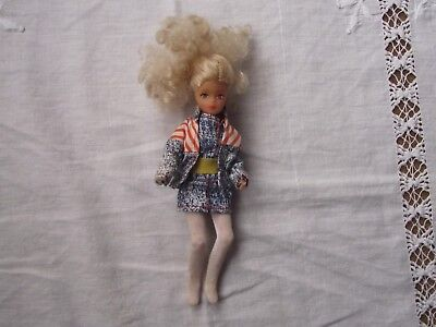Vintage Cean Toys Trendy Jointed Doll.