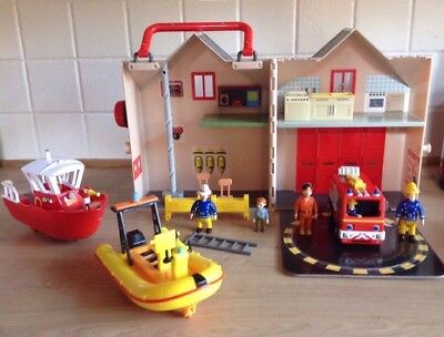Fireman Sam Fire Station Figures And Accessories Bundle