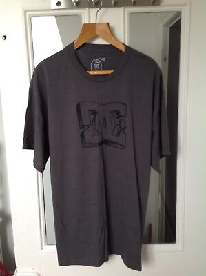 Bundle Of Mens T Shirts Dc/ Vans/ Op/Cahart/Mountain Equipment L And Xls