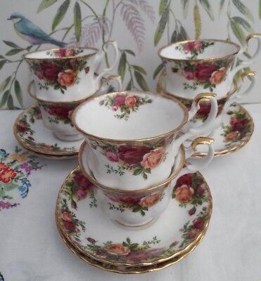 Royal Albert Old Country Roses Tea cups & saucers x 6 ***SUPERB CONDITION***