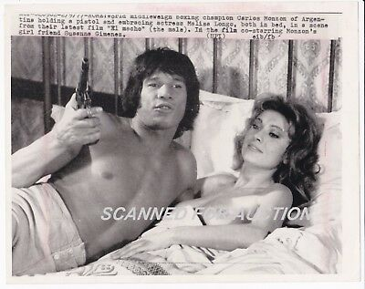 "Carlos Monzon - World Middleweight Champ ""el Macho"" Scene - Original Wirephoto"