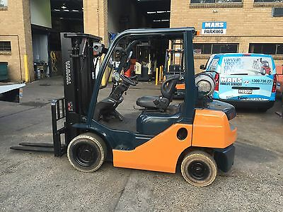 Forklift , Toyota , Container Mast , 4500 Lift , Lpg , Non Marking Tyres , Mars