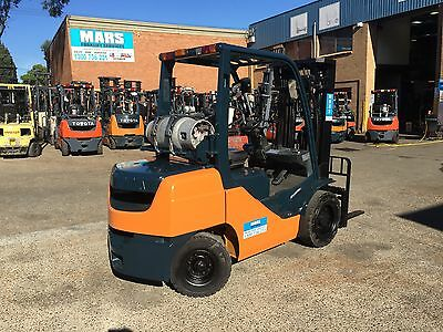 Forklift , Toyota , Container Mast , 3 Tonner , Cheap , Mars Forklifts , Lqqk
