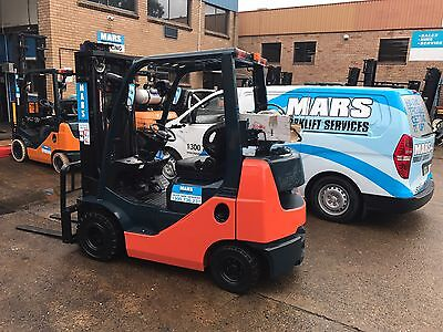 Forklift, 8Fgk25 , Container Mast , Like New , Toyota , Lots In Stock All Models