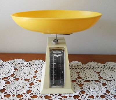 Vintage Retro Persinware Kitchen Scales Model 808 Yellow Tray Made In Australia