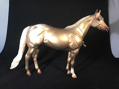 Peter Stone* Golden Nugget * Gold Decorator Ideal Stock Traditional Model Horse