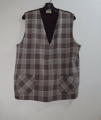 1950s Soft Wool Men's Vest With Knit Back - Front Pockets - Excellent Condition