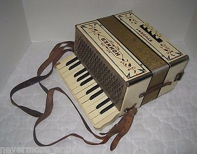 Vintage M. Hohner Student Accordion Cream Wood Steel Reeds w/ Case Germany