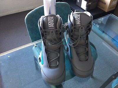 Mens Form 4D size 11/12 Wakeboard bindings