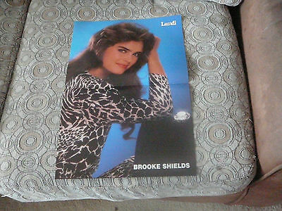 BROOKE SHIELDS PIN UP POSTER PHOTO AFFICHE 11 x 16 CLIPPING