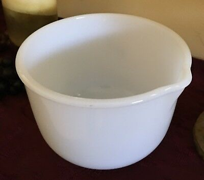 Vintage Milk Glass Sunbeam Mixing Bowl with Spout Glasbake White Small