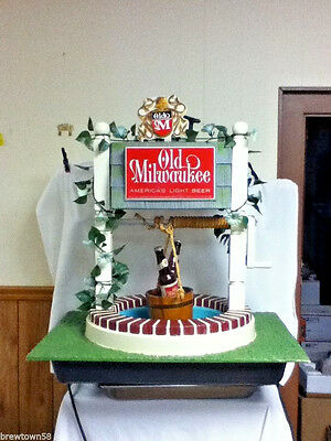 Old Milwaukee beer sign  1961 vintage lighted motion water wishing well light