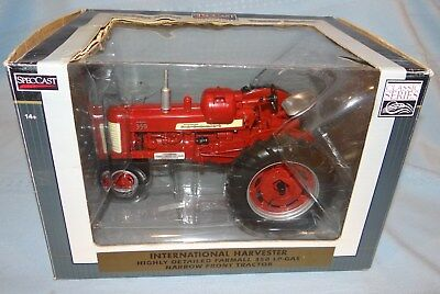 International Farmall 350 LP Gas Tractor SpecCast Diecast 1/16  Farm Toy ZJD1620