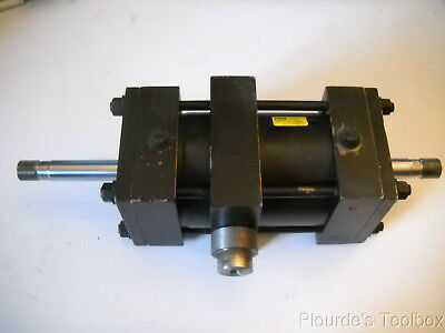 """Used 2A Parker 5"""" Bore  Air Cylinder, Double End Rod, 5"""" Stroke, Inter. Trunnion"""