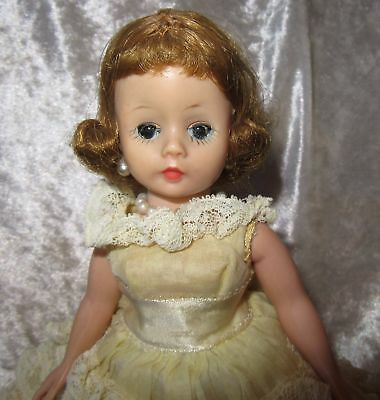Vintage Blonde Madame Alexander Doll~Portrette Melanie In Yellow Lace Formal