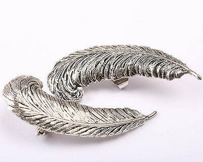 Sarah Coventry Vintage 1960s Silver Tone Feather Earrings