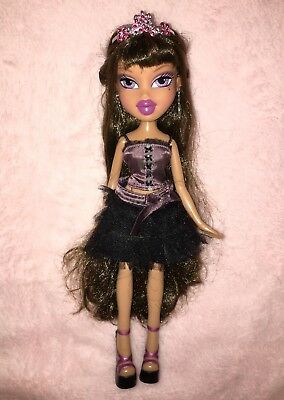 bratz girls nite out cloe amp dana dolls rare � aud 3000