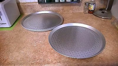 Made for Pizza Hut 5 Carlson PFS12P Perforated Thin 12 inch Aluminum Pizza Pans