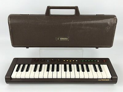 Vintage Yamaha PortaSound PS-2 Electronic Keyboard With Carrying Case