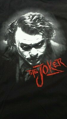 "30 Shirts von KRONIK Motiv ""The Joker"" aus Batman"