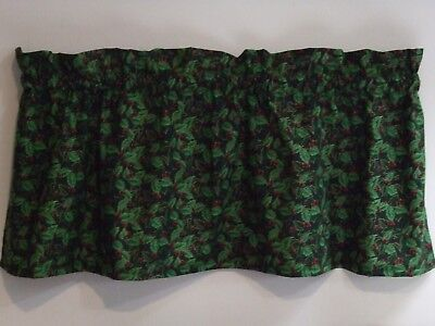 CHRISTMAS Curtain Valance*Beautiful Green Holly & Red Holly Berries