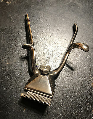 Retro Vintage Hair Clippers/Trimmer Hand Held Boker's Barber No 00-STILL WORKS!