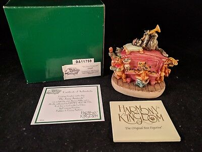 "DISNEY HARMONY KINGDOM ""The Jazzy Aristocats"" Alley Cats Box Figurine LE 500"