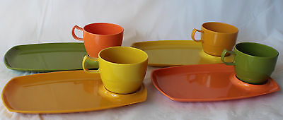 Vintage RETRO NALLY WARE PLASTIC PICNIC TENNIS SET for 4 Harlequin colours