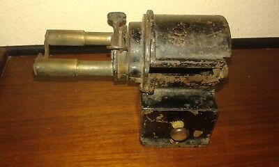 Alter antiker Bleistiftspitzer Courant Spitzer pencil sharpener Ersatzteillager