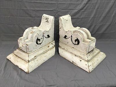 Antique 1890s PR Wood Corbel Gingerbread Architectural Old Shelf Vintage 72-17B