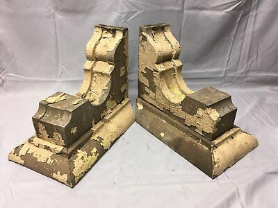 Antique 1890s Pair Wood Corbels Victorian Architectural Shelf Brackets 75-17B