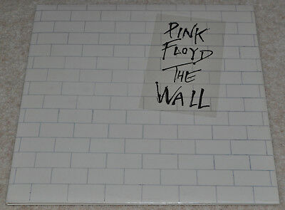 PINK FLOYD – The Wall – SUPERB COMPLETE ORIG UK 1979 TWICE-PLAYED NEAR MINT LPs.