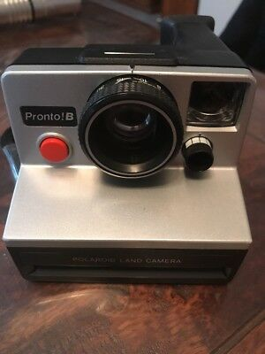 Polariod Instant Camera Pronto! B