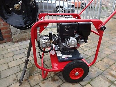 Demon Hurricane P4HR PETROL Pressure Washer * Excellent Condition * LS26 area