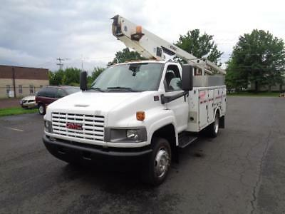 2007 Gmc C4500 Bucket Boom Truck 8.1 Liter Gas 37Ft Generator Serviced