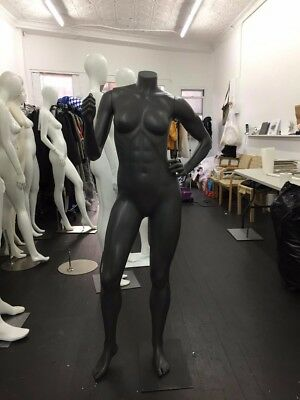 Single Standing Female Mannequin (gray)