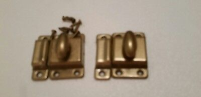 Pair Old turn knob metal cabinet latch and catch with knob  (1037)