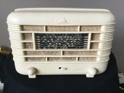 Little Nipper 1950s Cream Radio