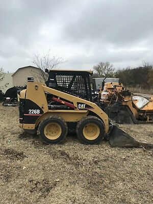 2006 Caterpillar 226B skid steer loader VERY LOW HOURS NO RESERVE