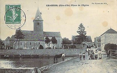 CHAZEUIL - Place Eglise