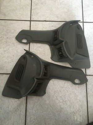 COMMODORE LEXCEN VR VS STATESMAN LEFT And RIGHT DOOR AIR VENT GENUINE GMH USED.