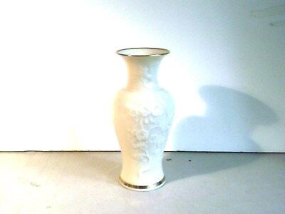 """Lenox Vase 6 1/4"""" tall  Oriental Flowers Made in the USA"""
