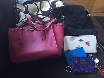 Coach 10pc lot. Purses, wallets and more! Just in time for the holidays!
