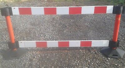 Road/pedestrian  safety barriers, 2 x posts, 2  feet, 2  x 2m barriers each unit