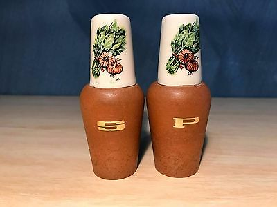 Vintage 1960's Salt and Pepper Shakers Wood & Ceramic Onions Made in Japan retro