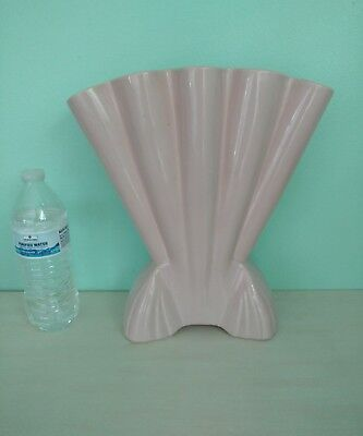 VINTAGE PINK large Art Deco Vase 721 Brush Quality USA ceramic fan shaped mccoy