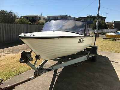 16ft ski boat trailer and 50hp