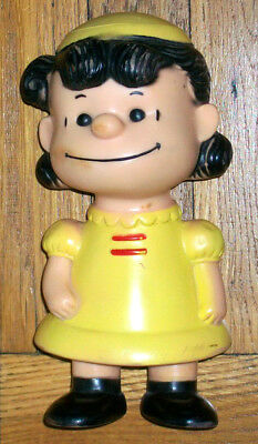 VINTAGE 1958 HUNGERFORD PEANUTS LUCY FIGURE/DOLL Charles Schulz United Features