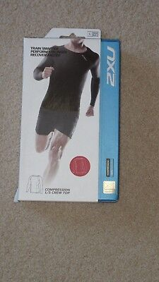 2XU Compression Long Sleeve Crew Top Size L Red NEW