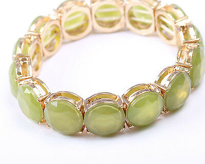 Green Faceted Stone and Gold Tone Stretch Bracelet, Vintage 1970s